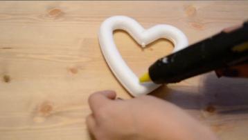 adding-glue-to-heart