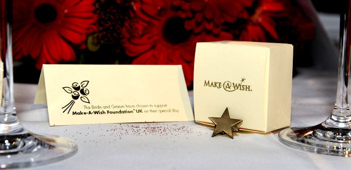 Make a wish pin badge for a wedding favour